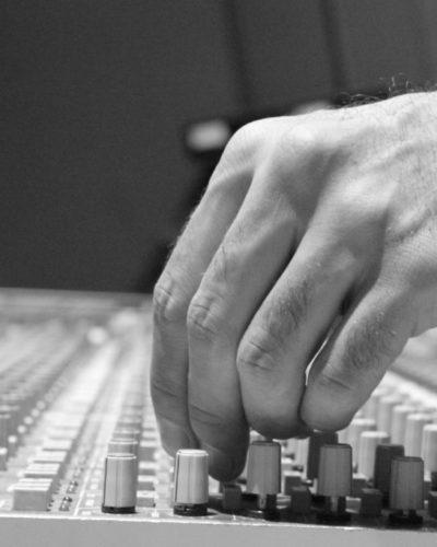 Audio Engineering Jandro Cisneros Hand